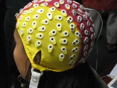 Sepa cómo el cerebro puede controlar computadores