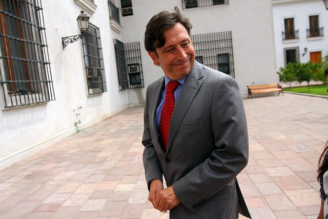 Golborne, otro presidenciable que entra en el debate sobre Aysén