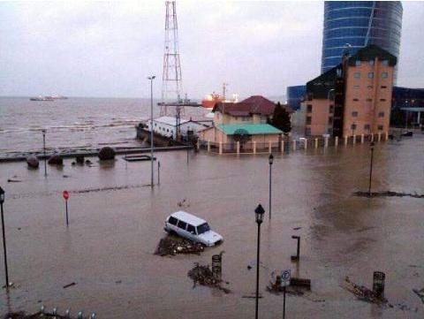 [FOTOS]  Así enfrentan las inundaciones en Punta Arenas