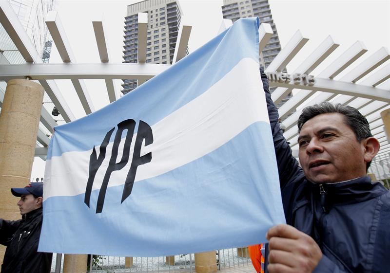 Tras un año sin Repsol, YPF sigue en busca de socios