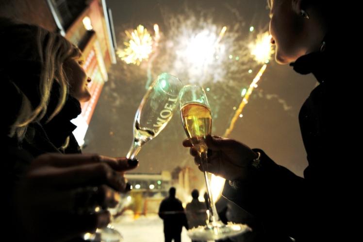 Sharp pone en entredicho la realización de los fuegos artificiales de Año Nuevo en el Puerto