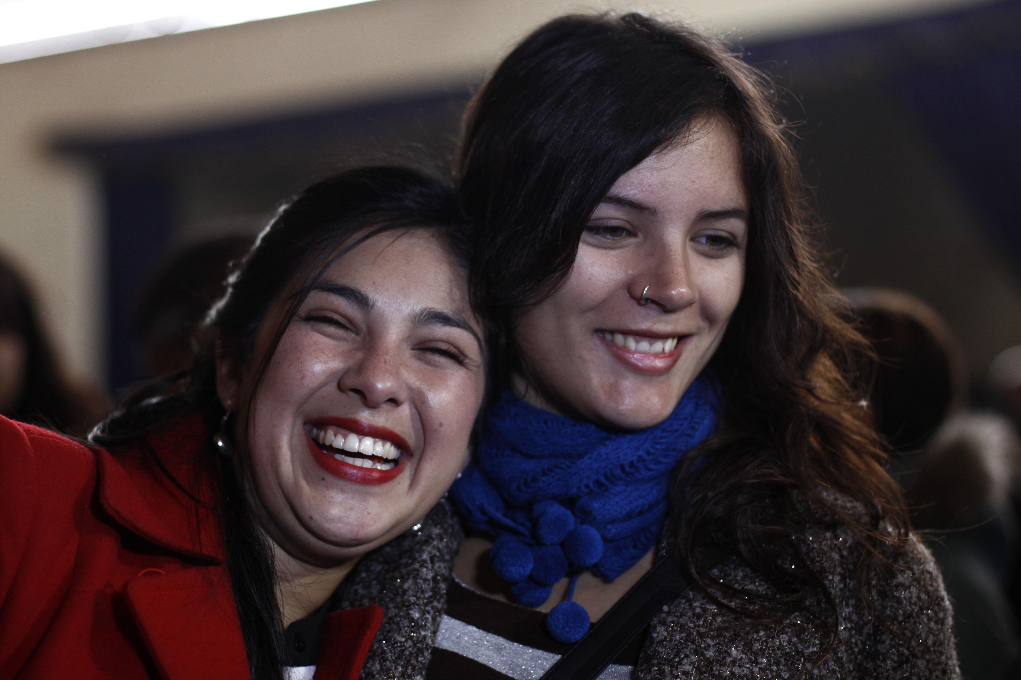 Los comunistas también ríen: Con el doble de diputados el partido abre el juego en la Nueva Mayoría