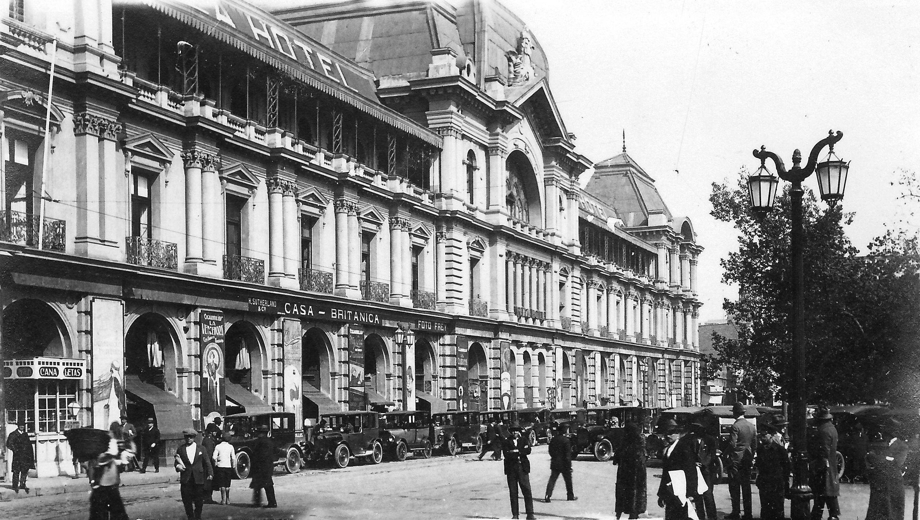 Portal Fernández Concha, Plaza de Armas, Santiago 1928