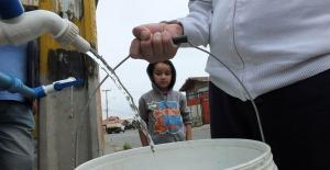 Rotura de matriz deja sin agua potable a miles de personas en Valparaíso