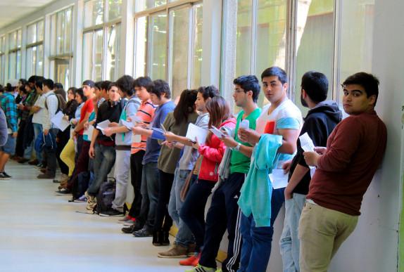 jovenes rindiendo PSU