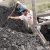 Subsecretario de Mineria firma contrato que beneficia a pirquineros.