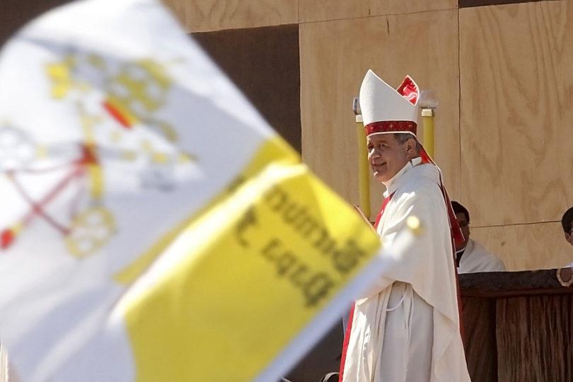 """Juan Carlos Cruz sobre obispo de Osorno: """"Barros estaba cuando Karadima abusaba de mí. Él se tocaba y besaba con Karadima"""""""