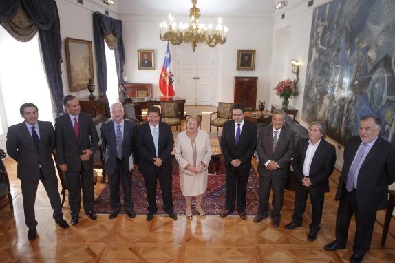 La Presidenta de la Republica se reune con los presidentes de La Nueva Mayoria
