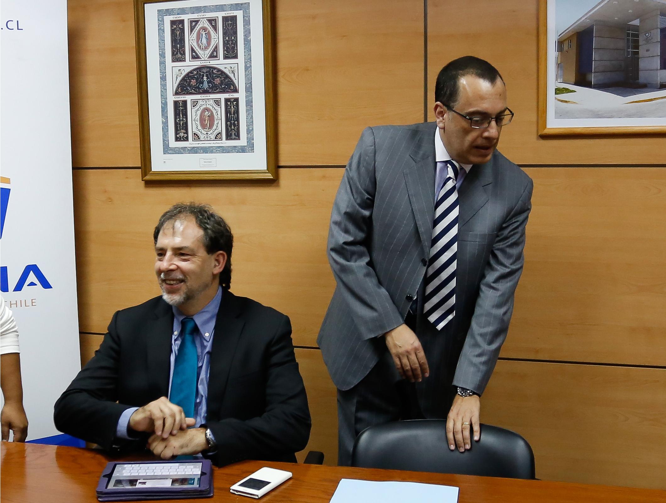 """La fina selección de los abogados SQM y su extenso historial como """"bomberos"""" de la UDI y la Nueva Mayoría"""