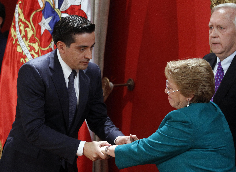Farándula política: Michelle Bachelet no asistió a la boda de Peñailillo