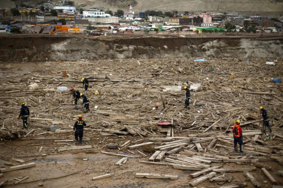 """CHA""""ARAL: Busqueda de cuerpos tras aluvion"""