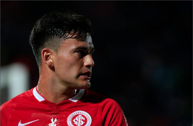 Rápida adaptación: Charles Aránguiz podría debutar hoy por el Bayer Leverkusen