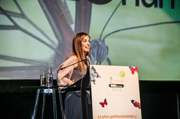 En la ceremonia de premiación del Ranking de Sustentabilidad Empresarial PROhumana 2015, su presidenta ejecutiva, Soledad Teixidó.