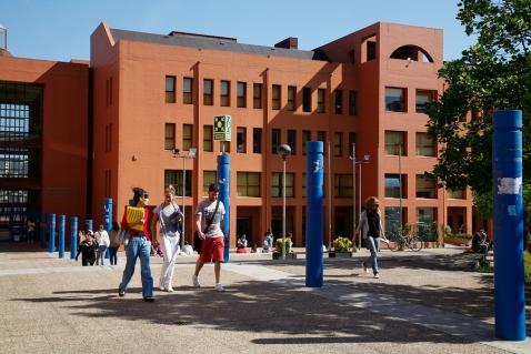 Doce cursos online gratuitos de prestigiosas universidades for Universidad de valencia online
