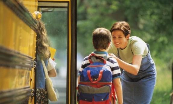 formas-ingeniosas-de-saber-como-les-va-a-tus-hijos-en-el-colegio-1_0