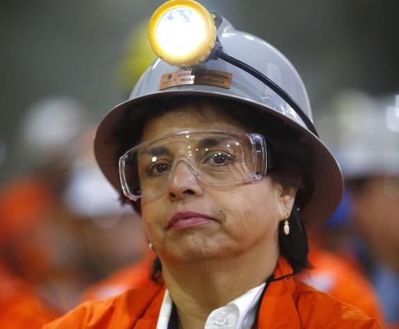 Ministra de Minería por modelos de Expomin: