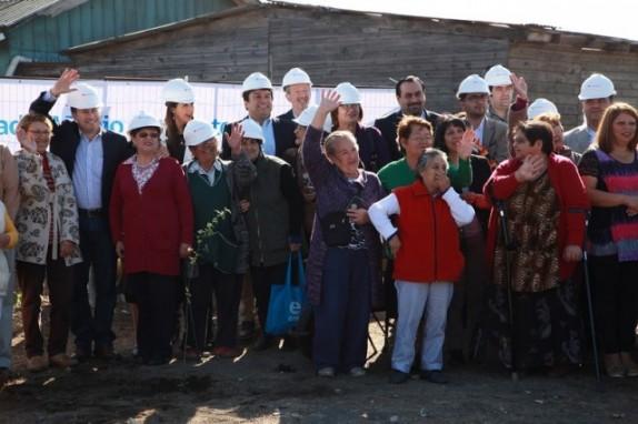 Vecinos-de-Enap-tendrán-Plaza-Inclusiva-Saludable-en-2-meses-gracias-al-Plan-Maestro-Hualpén-Suma_3-640x426