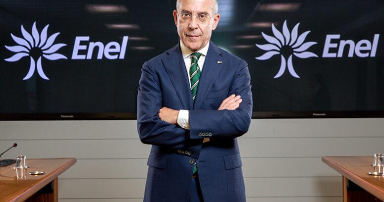 """""""Principal ejecutivo de Enel revela secreto para cambiar una empresa: """"Inspirar miedo"""" y castigar a opositores"""""""