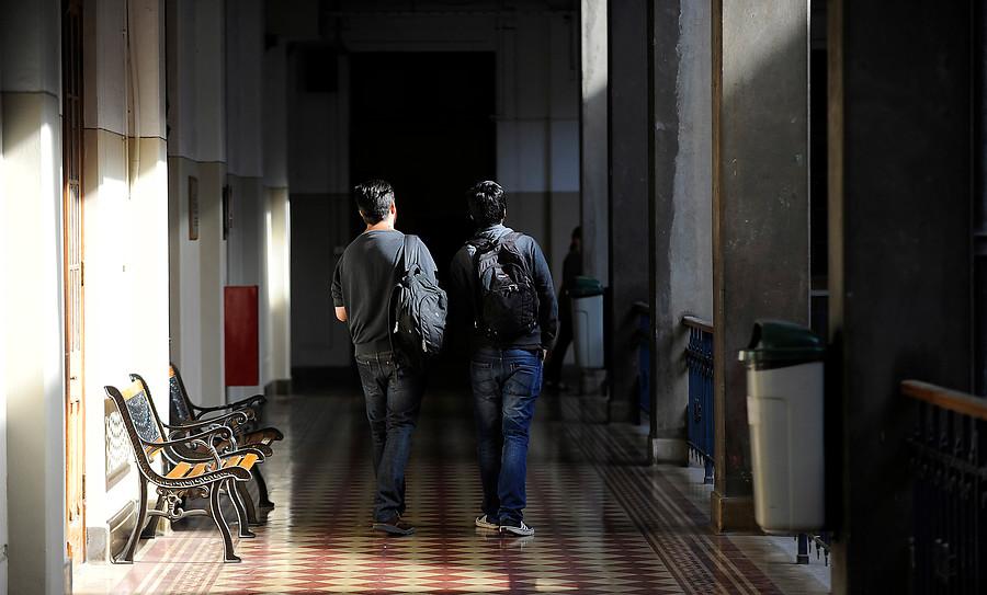 """Educación: temen nueva reforma tributaria por gratuidad y acusan que Mineduc quiere """"quebrar"""" el Consejo de Rectores"""