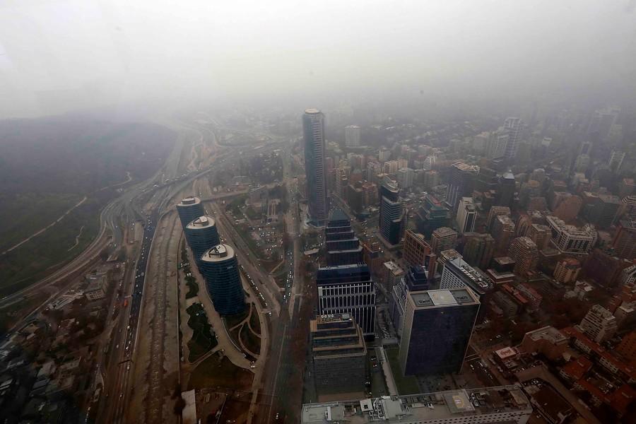 Principal preocupación ambiental: el 77% de los chilenos cree que el aire en el país es muy sucio