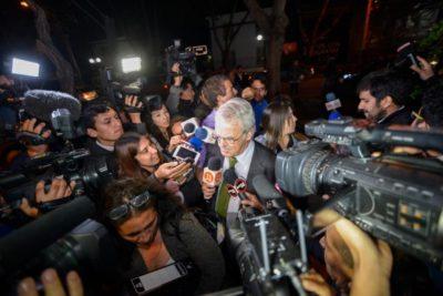 Vaticano rechaza entregar los antecedentes que descartaban encubrimiento de Obispo Barros a Karadima