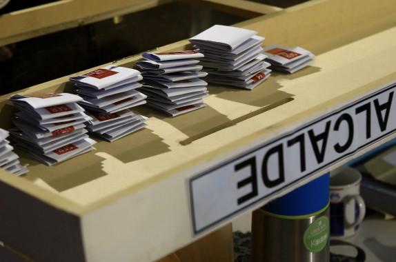 Comienza conteo de votos en el Estadio Nacional