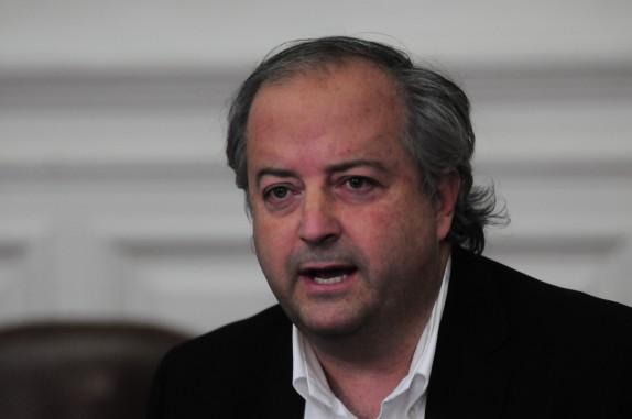 Chile Vamos se refiere al retiro de la ley corta del padron electoral