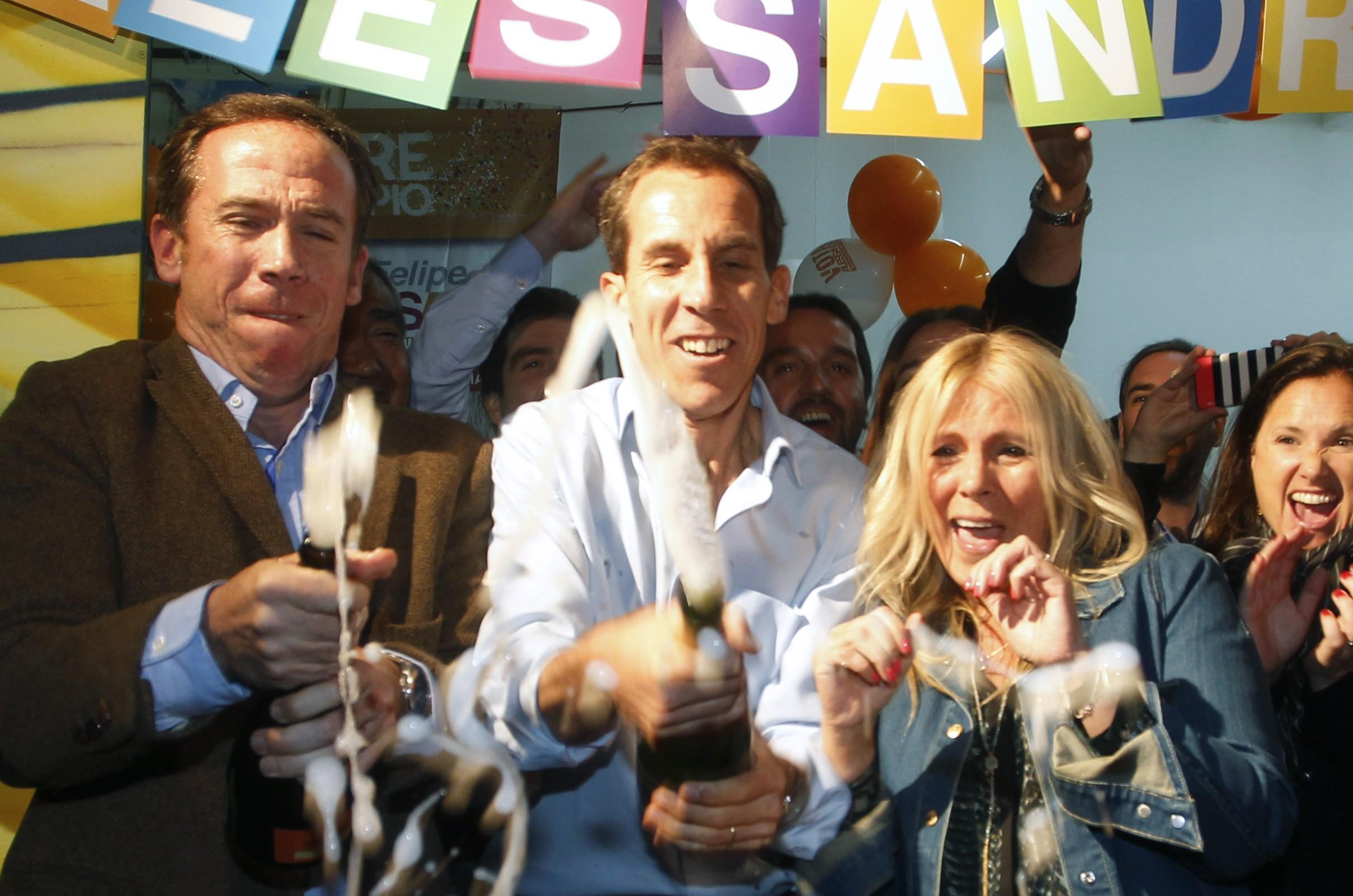 Se inicia la ola de despidos en la Municipalidad de Santiago tras instalación de Alessandri