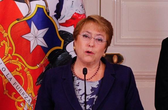 Michelle Bachelete nombra nuevo presidente del Banco Central