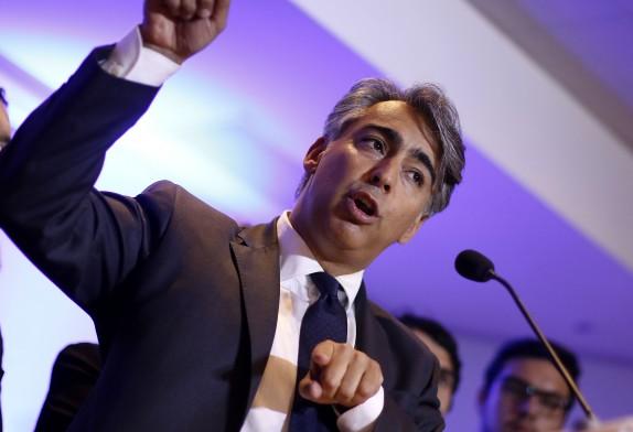 Marco Enríquez-Ominami realiza conferencia de prensa tras querella de CDE
