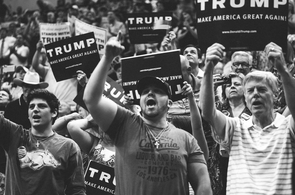 """El """"voto duro"""" de Donald Trump: hombres blancos sin educación superior"""