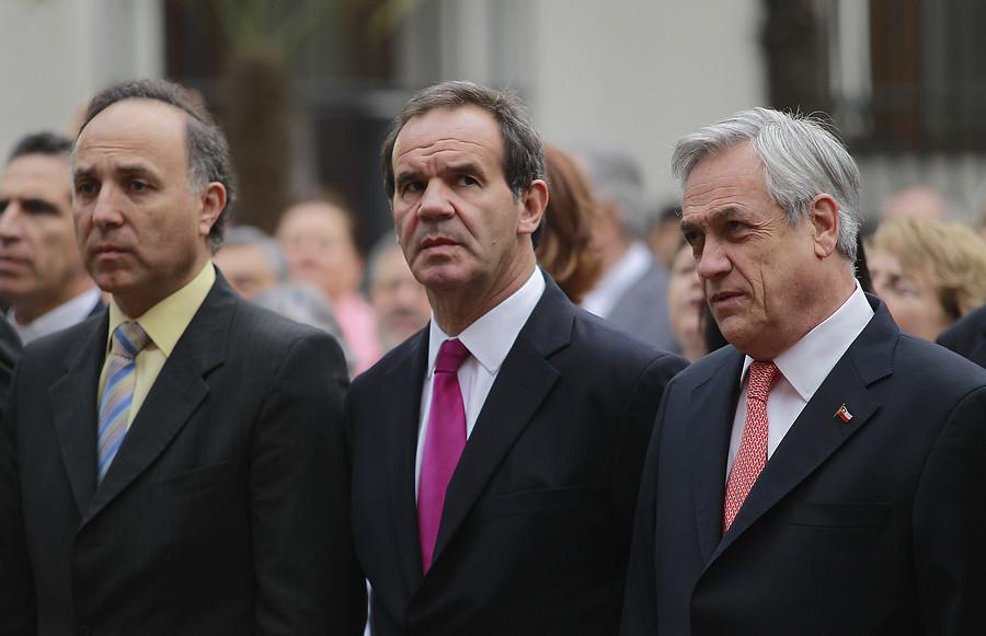 """Andrés Allamand: """"Si Piñera es candidato, debe mostrar sus inversiones en Chile y el extranjero"""""""