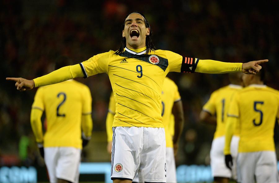 Colombia mete miedo a Chile con James Rodríguez y la vuelta del histórico Radamel Falcao