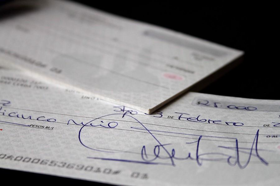 Justicia condena a tres años de cárcel a individuo que pagó cuenta de restaurant con cheque falso