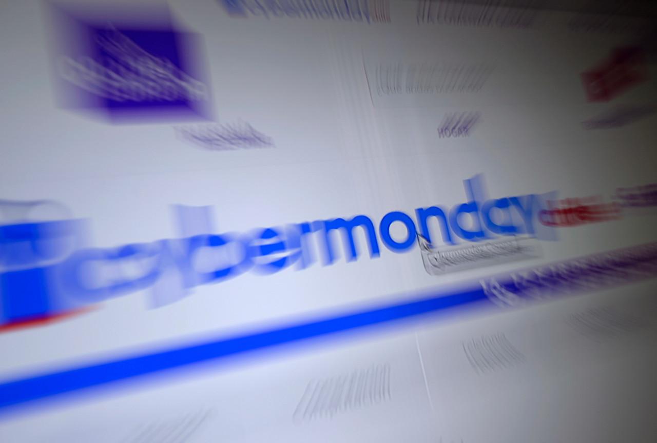 """A mal tiempo…: usuarios festinan con las demoras, ofertas """"dudodas"""", y sitios caídos en #cybermonday"""