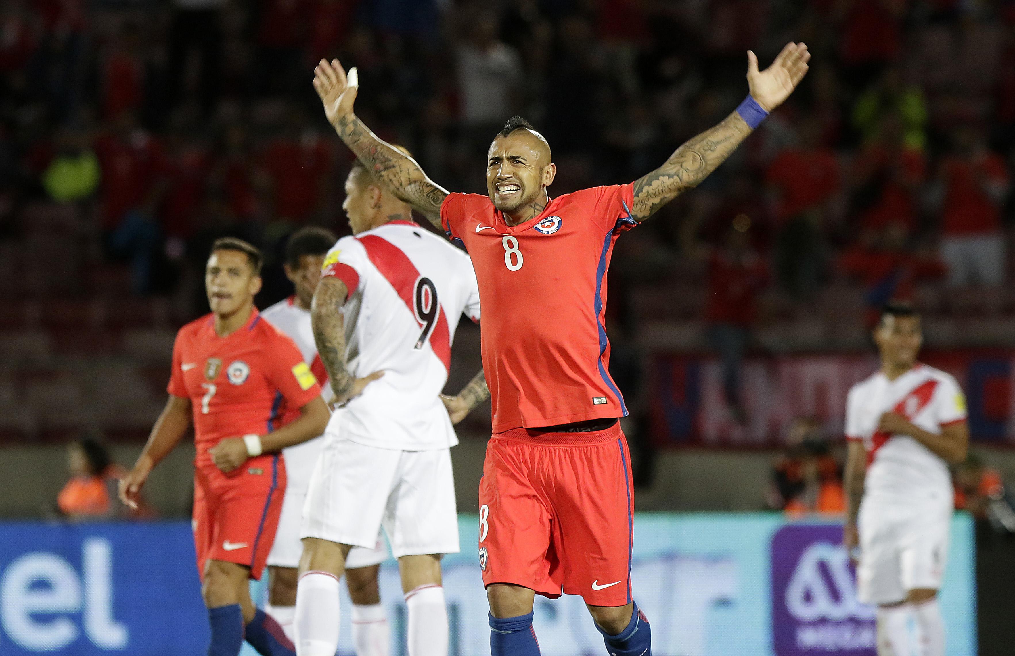 Arturo Vidal se metió en el bolsillo los lamentos argentinos y bolivianos por los puntos a Chile