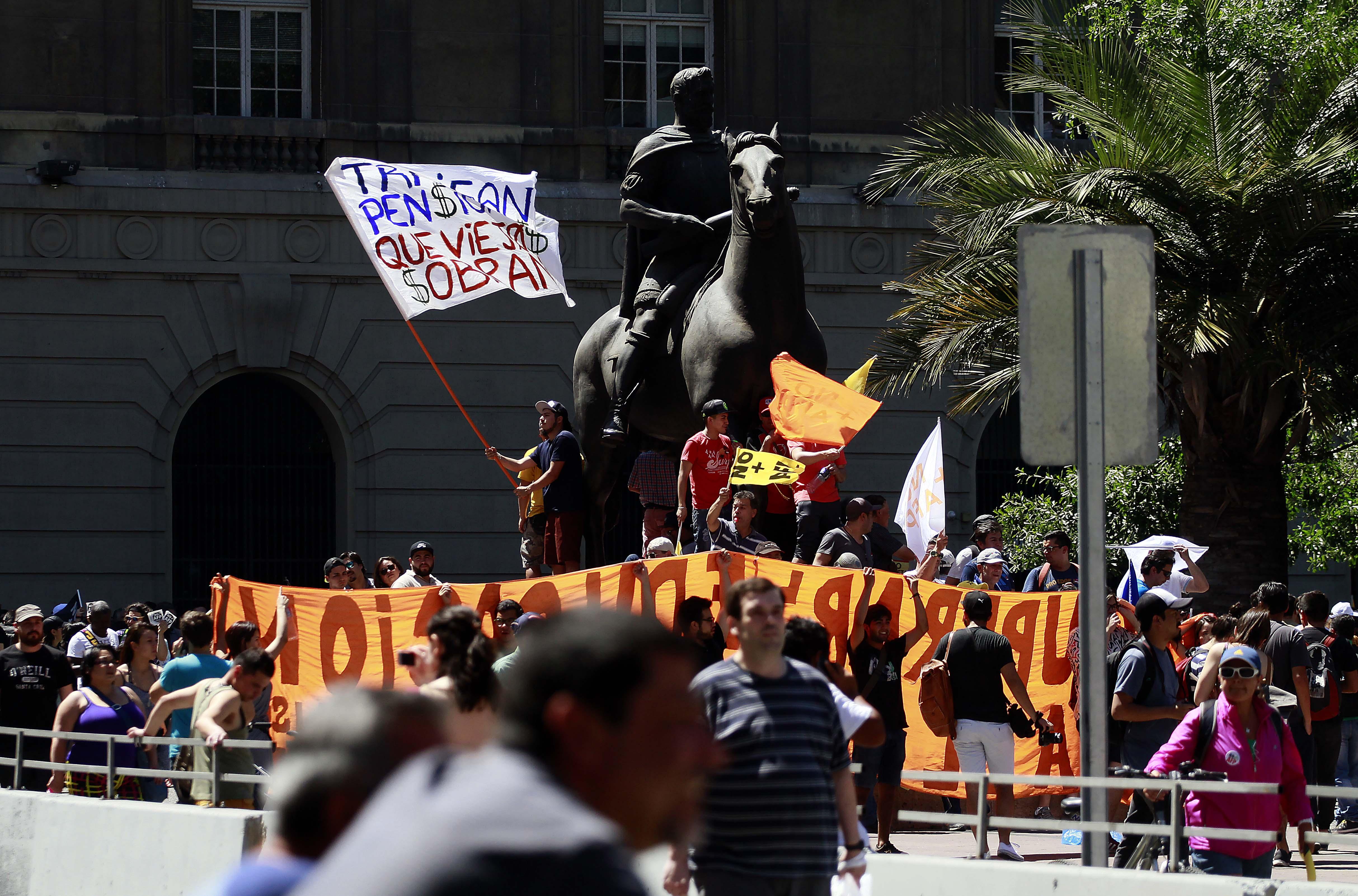 FOTOS   Las imágenes que dejó la manifestación No+AFP
