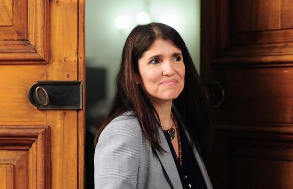 Ministra Paula Narvaez habla al termino del comité politico