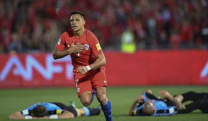 La noche feliz de Alexis: quedó a un gol de igualar a Salas como goleador histórico de Chile