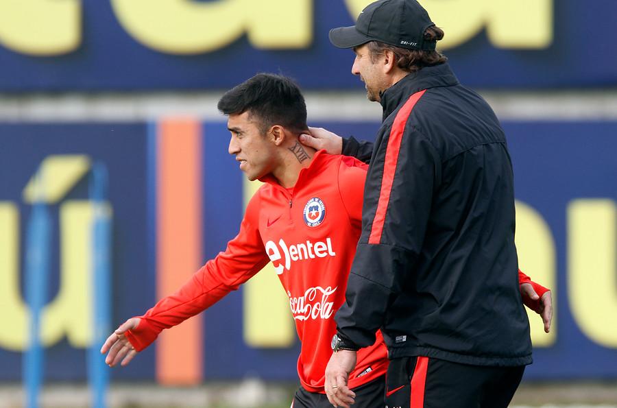 Edson Puch no superó su lesión y será baja: esta es la posible alineación para ganarle a uruguay