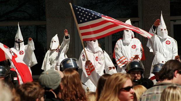 Se veía venir: Ku Klux Klan organizará desfile para celebrar el triunfo de Donald Trump