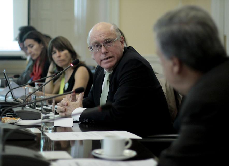 """Waissbluth define a Piñera tras escándalo por negocios en Perú: """"Es en realidad un ludópata accionario"""""""