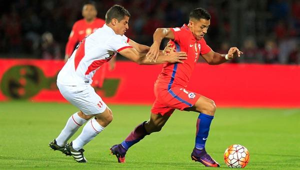 Por qué es más difícil marcar a Alexis Sánchez que a Neymar, según un jugador peruano