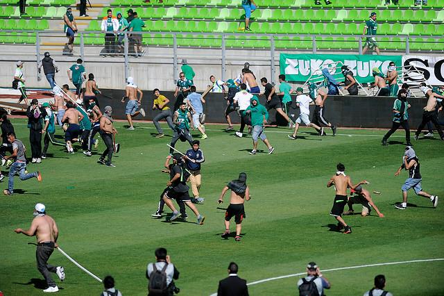 Cómo operará el software con el que se busca erradicar la violencia en los estadios chilenos