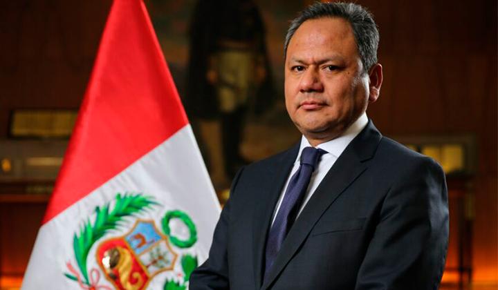 """Ministro peruano renuncia tras romance con asesora: """"Me he enamorado y eso no es un delito"""""""