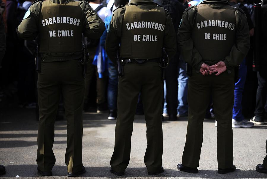 VIDEO | Polémica en Valparaíso por carabineros que multan a mujer que amamantaba a su bebé