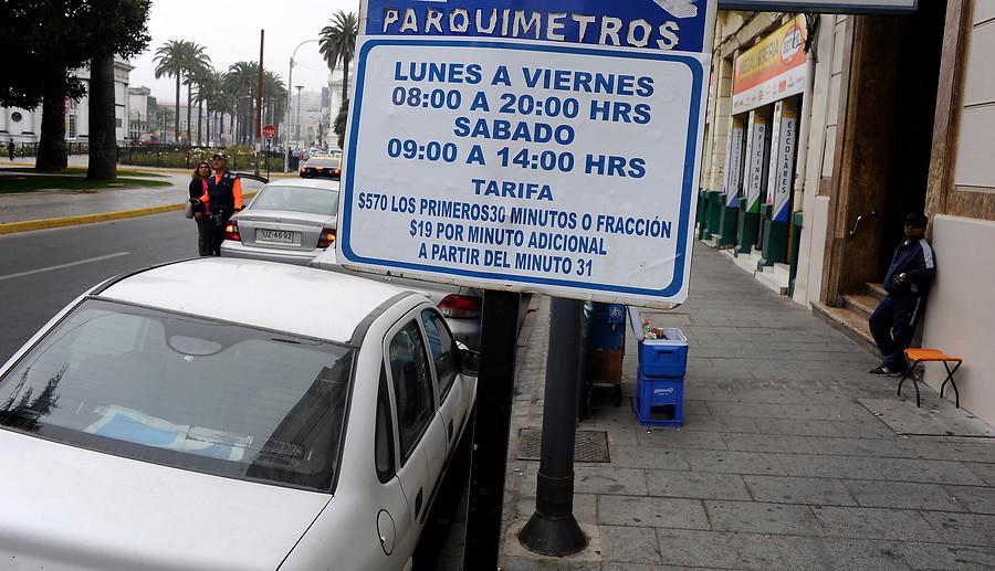 Los argumentos de Schaulsohn para criticar la eliminación de los parquímetros en Recoleta