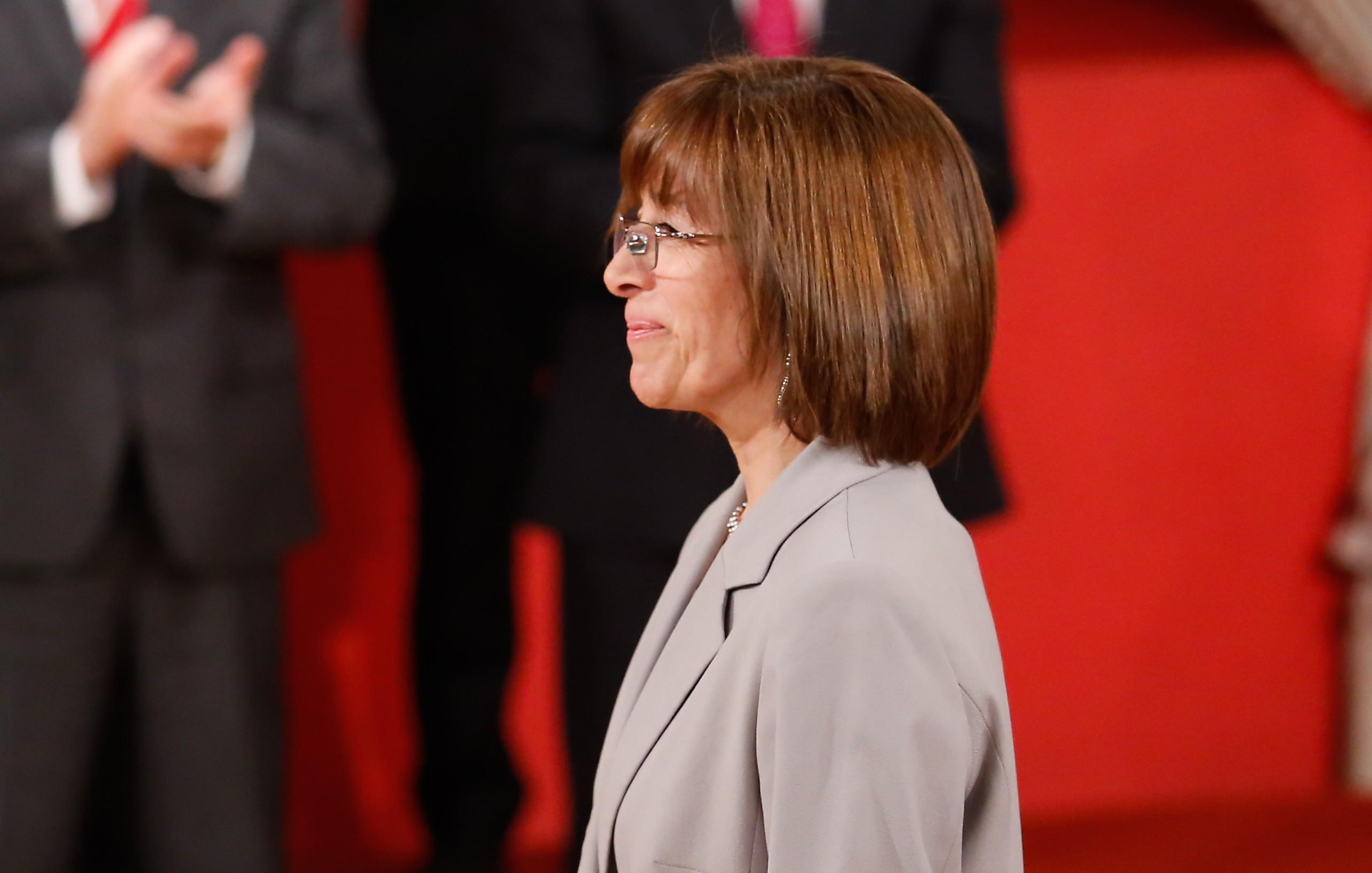 Ministra de BB.NN. afirma que un tercio de los inmuebles de CEMA Chile ya fueron vendidos