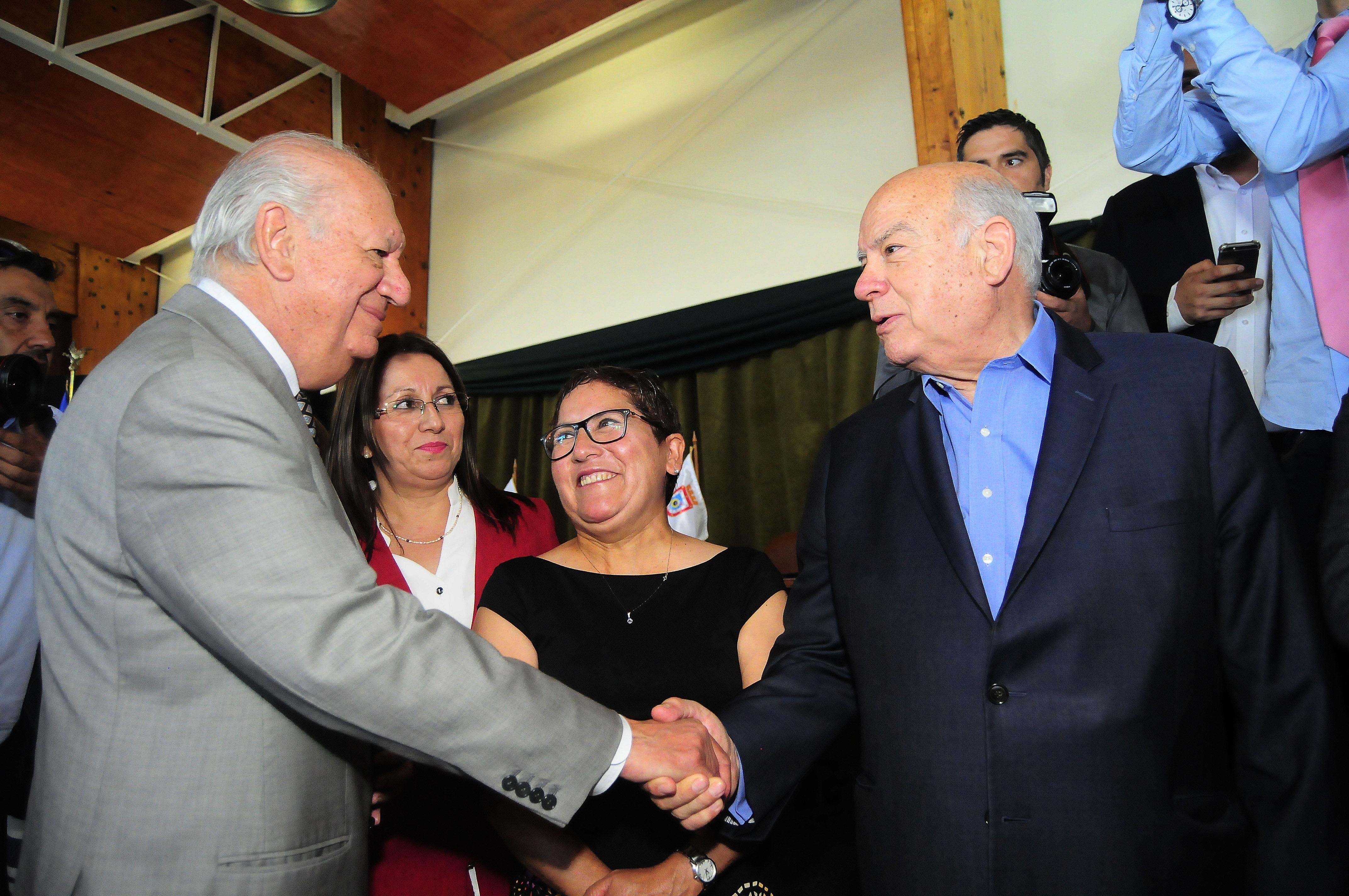 Gobierno pide unidad a precandidatos oficialistas tras primeros roces en la pre campaña presidencial