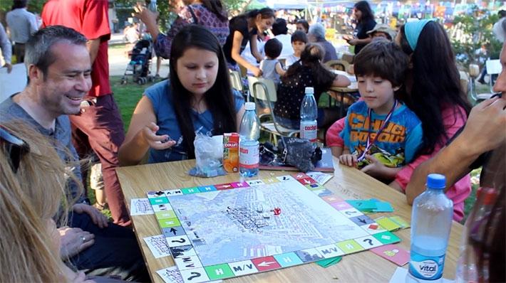 """""""Villapolis"""": el juego de mesa que busca recuperar la memoria patrimonial de la Villa Olímpica"""